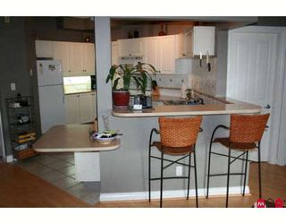"Photo 3: 308 34101 OLD YALE Road in Abbotsford: Central Abbotsford Condo for sale in ""YALE TERRACE"" : MLS®# F2908815"
