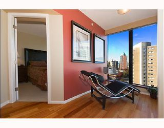 """Photo 4: 1105 1723 ALBERNI Street in Vancouver: West End VW Condo for sale in """"THE PARK"""" (Vancouver West)  : MLS®# V771096"""