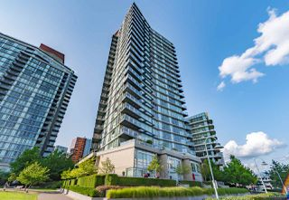 "Main Photo: 2506 8 SMITHE Mews in Vancouver: Yaletown Condo for sale in ""FLAGSHIP"" (Vancouver West)  : MLS®# R2399931"