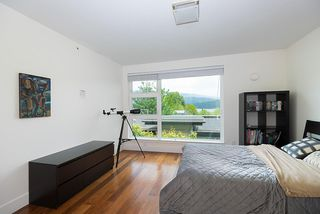 "Photo 17: 2218 CALEDONIA Avenue in North Vancouver: Deep Cove Townhouse for sale in ""COVE GARDENS"" : MLS®# R2416592"