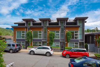 "Main Photo: 2218 CALEDONIA Avenue in North Vancouver: Deep Cove Townhouse for sale in ""COVE GARDENS"" : MLS®# R2416592"