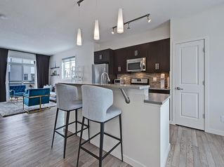 Photo 4: 624 WALDEN Circle SE in Calgary: Walden Row/Townhouse for sale : MLS®# C4288347