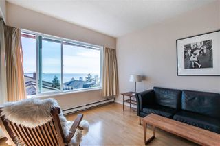 "Photo 14: 304 15070 PROSPECT Avenue: White Rock Condo for sale in ""LOS ARCOS"" (South Surrey White Rock)  : MLS®# R2442839"