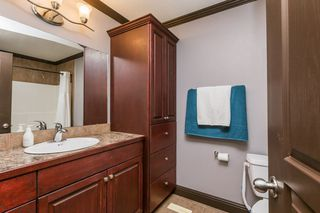 Photo 32: 1719 69 Street SW in Edmonton: Zone 53 House for sale : MLS®# E4198055
