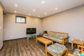 Photo 34: 1719 69 Street SW in Edmonton: Zone 53 House for sale : MLS®# E4198055