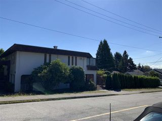 Main Photo: 803 E KEITH Road in North Vancouver: Calverhall House for sale : MLS®# R2494519