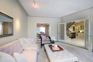 Photo 5: 51 Woodhaven Manor SW in Calgary: Woodbine Detached for sale : MLS®# A1050894