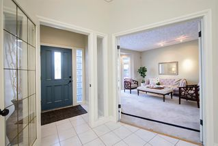 Photo 2: 51 Woodhaven Manor SW in Calgary: Woodbine Detached for sale : MLS®# A1050894
