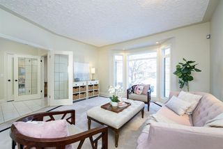 Photo 3: 51 Woodhaven Manor SW in Calgary: Woodbine Detached for sale : MLS®# A1050894