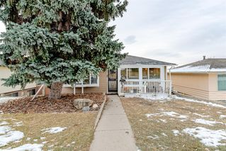 Photo 4: 2012 Alexander Street SE in Calgary: Ramsay Detached for sale : MLS®# A1050546