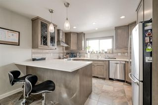 Photo 14: 2012 Alexander Street SE in Calgary: Ramsay Detached for sale : MLS®# A1050546