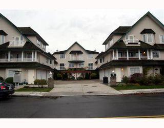 Photo 1: 3 5053 47TH Avenue in Ladner: Ladner Elementary Townhouse for sale : MLS®# V798564