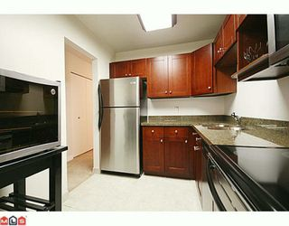 """Photo 6: 310 1555 FIR Street: White Rock Condo for sale in """"SAGEWOOD"""" (South Surrey White Rock)  : MLS®# F2928175"""
