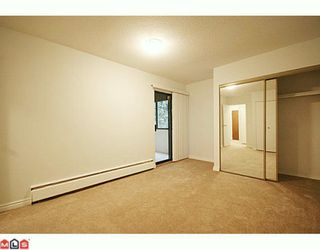 """Photo 8: 310 1555 FIR Street: White Rock Condo for sale in """"SAGEWOOD"""" (South Surrey White Rock)  : MLS®# F2928175"""