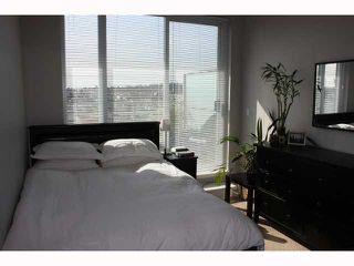 "Photo 4: 801 298 E 11TH Avenue in Vancouver: Mount Pleasant VE Condo for sale in ""SOPHIA"" (Vancouver East)  : MLS®# V818625"
