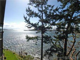 Photo 2: 409 630 Seaforth St in VICTORIA: VW Victoria West Condo for sale (Victoria West)  : MLS®# 533916