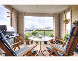 """Photo 9: 315 5500 ANDREWS Road in Richmond: Steveston South Condo for sale in """"SOUTHWATER"""" : MLS®# V732963"""