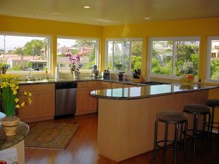 Photo 6: MISSION HILLS House for sale : 3 bedrooms : 4140 Sunset Rd in San Diego