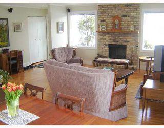 Photo 4: 504 SHELLEY Street in WINNIPEG: Westwood / Crestview Residential for sale (West Winnipeg)  : MLS®# 2902573