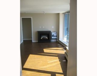 "Photo 5: 2901 188 KEEFER Street in Vancouver: Downtown VW Condo for sale in ""ESPANA"" (Vancouver West)  : MLS®# V774423"