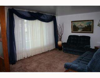 Photo 4:  in WINNIPEG: St Vital Residential for sale (South East Winnipeg)  : MLS®# 2912633