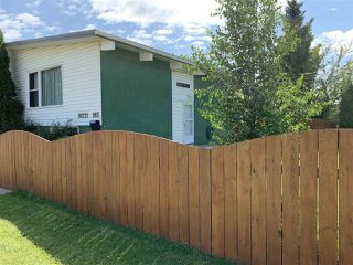 Photo 3: 16221 103 Avenue in Edmonton: Zone 21 House Duplex for sale : MLS®# E4168698