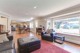 "Photo 3: 5443 7 Avenue in Delta: Tsawwassen Central House for sale in ""TSAWWASSEN CENTRAL"" (Tsawwassen)  : MLS®# R2398306"