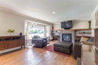 "Photo 2: 5443 7 Avenue in Delta: Tsawwassen Central House for sale in ""TSAWWASSEN CENTRAL"" (Tsawwassen)  : MLS®# R2398306"