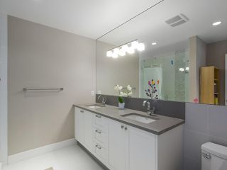 """Photo 14: 101 8080 BLUNDELL Road in Richmond: Garden City Townhouse for sale in """"YEW TOWNHOMES"""" : MLS®# R2400683"""