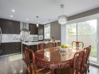 """Photo 7: 101 8080 BLUNDELL Road in Richmond: Garden City Townhouse for sale in """"YEW TOWNHOMES"""" : MLS®# R2400683"""