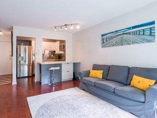 Photo 3: 405 1718 NELSON STREET in Vancouver: West End VW Condo for sale (Vancouver West)  : MLS®# R2376890
