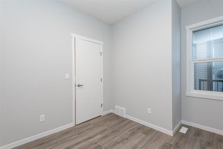 Photo 2: 187 Rapperswill Drive in Edmonton: Zone 27 House for sale : MLS®# E4185354