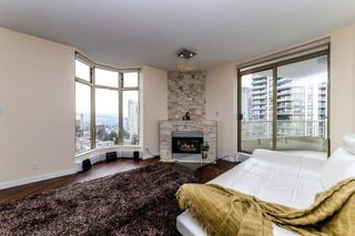 """Photo 3: 2206 6188 PATTERSON Avenue in Burnaby: Metrotown Condo for sale in """"The Wimbledon Club"""" (Burnaby South)  : MLS®# R2436111"""