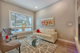 Photo 2: 9925 147 Street in Edmonton: Zone 10 House for sale : MLS®# E4195204