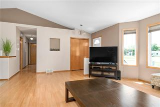 Photo 3: 522 Pembina Trail in Ste Agathe: R07 Residential for sale : MLS®# 202015121