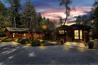 Main Photo: 103 Greer Pl in Salt Spring: GI Salt Spring Single Family Detached for sale (Gulf Islands)  : MLS®# 837547