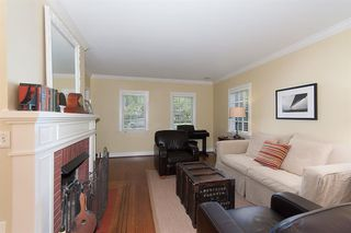 Photo 2:  in Vancouver: Dunbar House for rent : MLS®# AR059