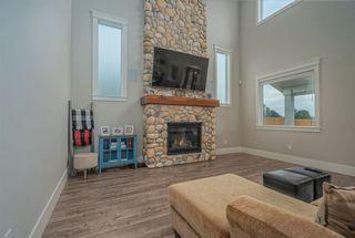 Photo 4: 6763 WILTSHIRE Street in Sardis: Sardis West Vedder Rd House for sale : MLS®# R2482514
