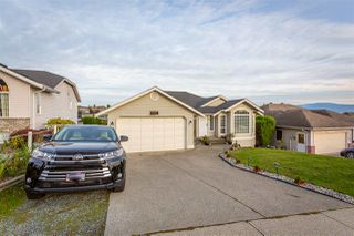 Main Photo: 3354 TOWNLINE Road in Abbotsford: Abbotsford West House for sale : MLS®# R2512153