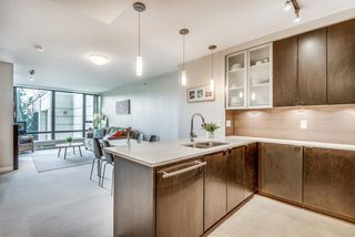 """Photo 2: 202 7328 ARCOLA Street in Burnaby: Highgate Condo for sale in """"Esprit"""" (Burnaby South)  : MLS®# R2519226"""