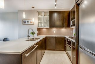 """Photo 3: 202 7328 ARCOLA Street in Burnaby: Highgate Condo for sale in """"Esprit"""" (Burnaby South)  : MLS®# R2519226"""