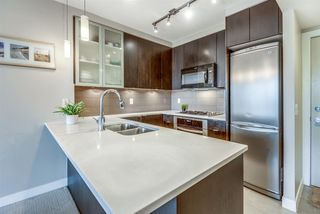 """Photo 4: 202 7328 ARCOLA Street in Burnaby: Highgate Condo for sale in """"Esprit"""" (Burnaby South)  : MLS®# R2519226"""