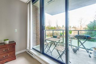 """Photo 18: 202 7328 ARCOLA Street in Burnaby: Highgate Condo for sale in """"Esprit"""" (Burnaby South)  : MLS®# R2519226"""