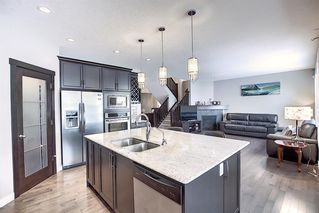 Photo 7: 85 Cougar Ridge Close SW in Calgary: Cougar Ridge Detached for sale : MLS®# A1058871