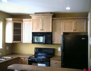 """Photo 2: 10 46832 HUDSON Road in Sardis: Promontory Townhouse for sale in """"CORNERSTONE HAVEN"""" : MLS®# H1000731"""