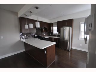 Photo 6: 4178 WELWYN Street in Vancouver: Victoria VE Townhouse for sale (Vancouver East)  : MLS®# V817825