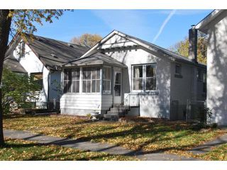 Photo 1: 869 GARWOOD Avenue in WINNIPEG: Fort Rouge / Crescentwood / Riverview Residential for sale (South Winnipeg)  : MLS®# 1019656