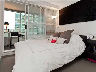 "Photo 5: 401 522 W 8TH Avenue in Vancouver: Fairview VW Condo for sale in ""CROSSROADS"" (Vancouver West)  : MLS®# V855935"
