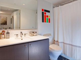 "Photo 7: 401 522 W 8TH Avenue in Vancouver: Fairview VW Condo for sale in ""CROSSROADS"" (Vancouver West)  : MLS®# V855935"