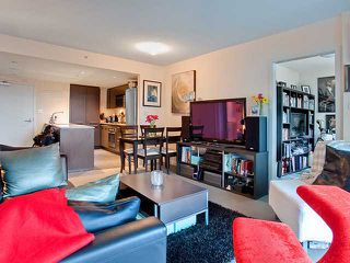 "Photo 3: 401 522 W 8TH Avenue in Vancouver: Fairview VW Condo for sale in ""CROSSROADS"" (Vancouver West)  : MLS®# V855935"